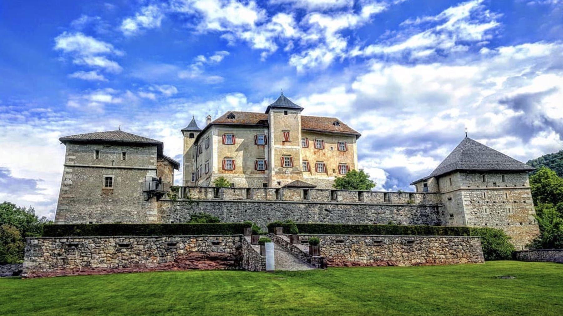 Castel Thun (foto Marco Formolo, ilovevaldinon)